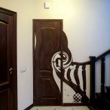 3D рисунки на стенах • закрученная дверь