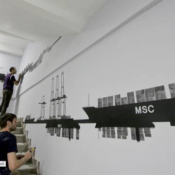 Силуэтные черно белые рисунки на стенах • Корабли