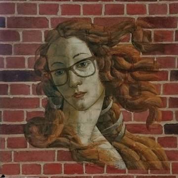 Рисунок на кирпичной стене • роспись Боттичелли Венера