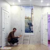 Нарисованная дверь с видом на Венецию - рисунок на стене